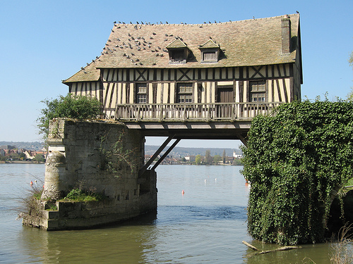 house-on-the-river.jpg